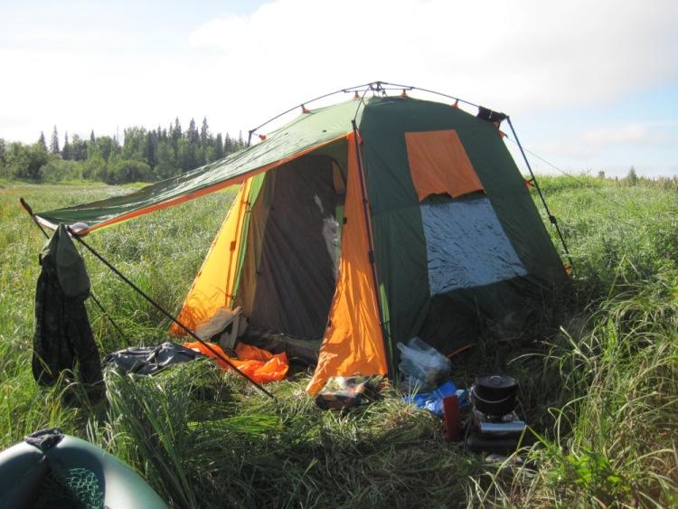 фото рыбалки с палатками и лодками