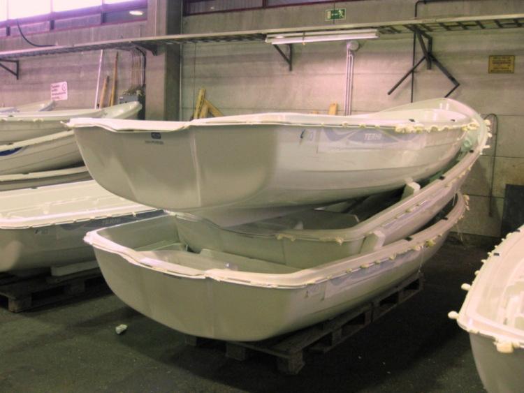 фото лодок из пластика