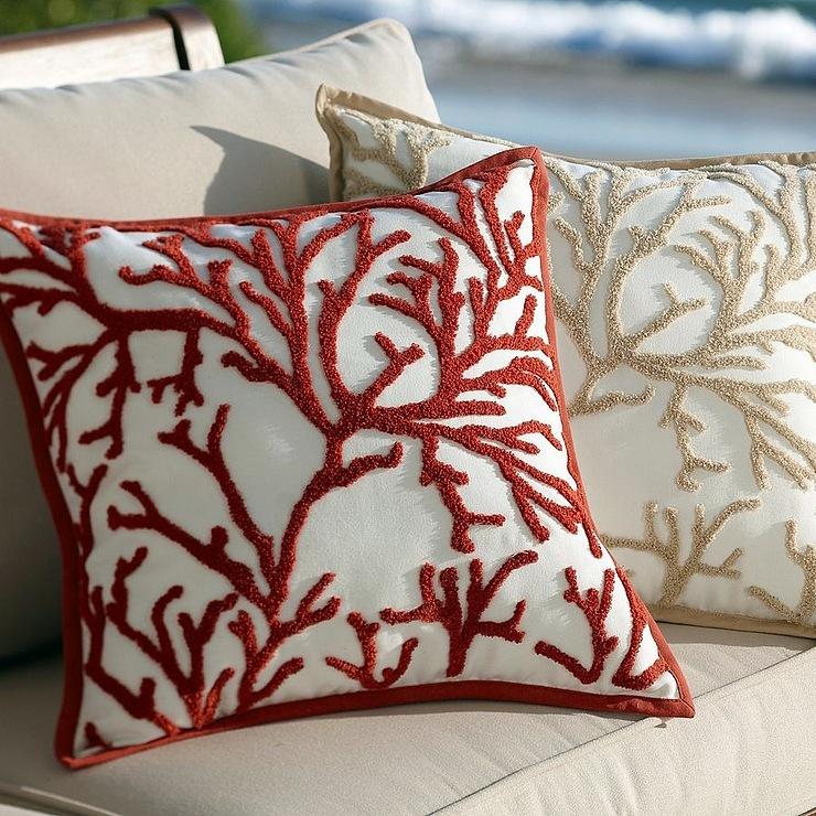Декоративные подушки на диван своими руками фото