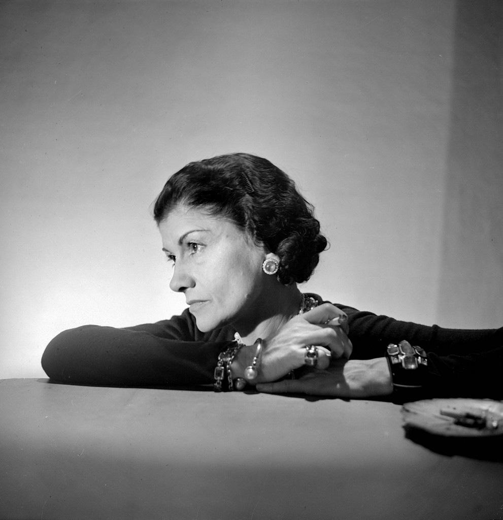 ...нацистских связей Коко Шанель (Coco Chanel).